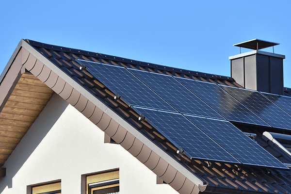 Vancouver residential can install solar panel on their roof