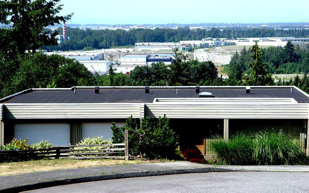 A flat roof installed on a commercial building in Maple Ridge, BC